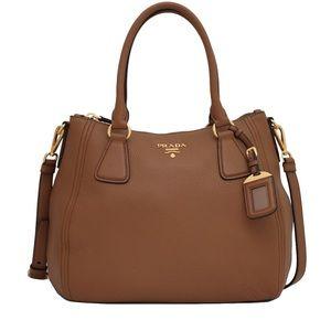 Prada❤️NEW💛Sacca Vitello Phoenix leather convert